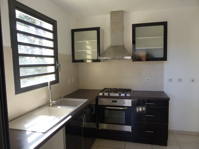 Vente maison / villa St denis 398000€ - Photo 4