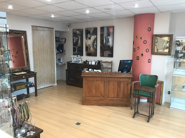 Commercial property sale shop Rueil-malmaison 55 000€ - Picture 1