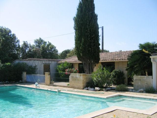 Location maison / villa Avignon 1300€ CC - Photo 1