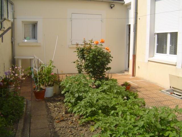Location maison / villa Saint quentin 545€ CC - Photo 1