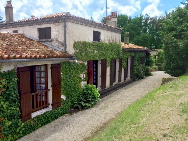 Vente maison / villa Bergerac 360350€ - Photo 4