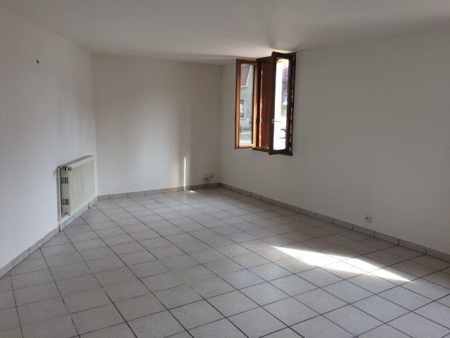 Revenda casa Saint-romain-le-puy 126000€ - Fotografia 2