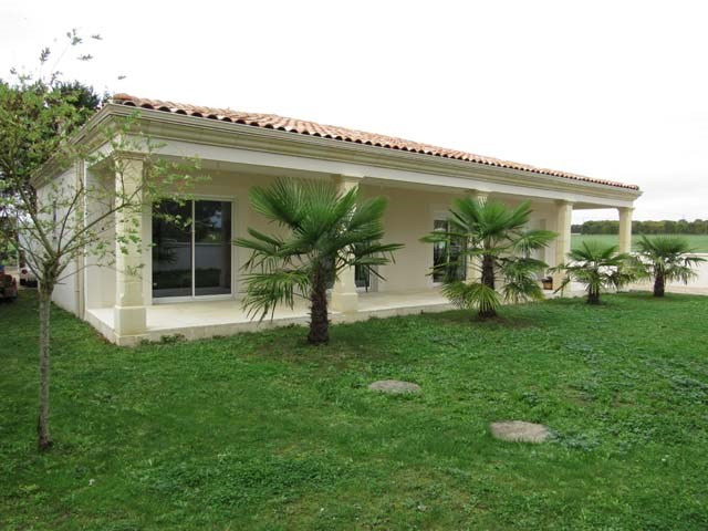 Sale house / villa La vergne 212 000€ - Picture 1