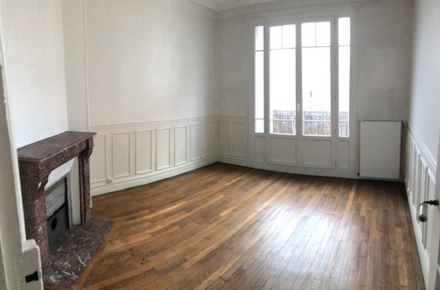 Location appartement Colombes 933€ CC - Photo 3