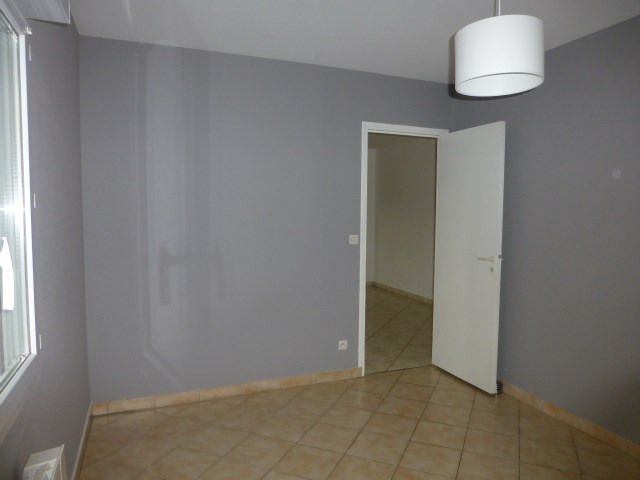 Location appartement Freneuse 750€ CC - Photo 5