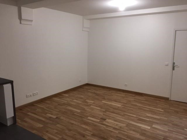 Location appartement Paris 2ème 1 272€ CC - Photo 5