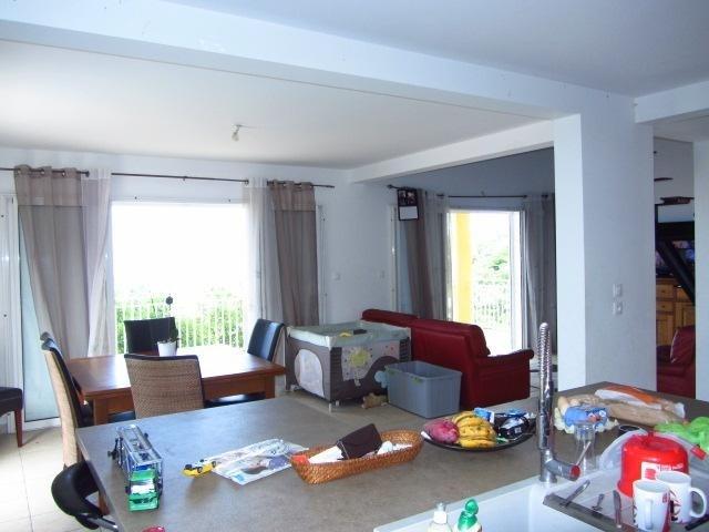 Sale house / villa Les avirons 395000€ - Picture 6