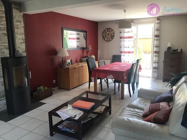Sale house / villa Lesigny 410000€ - Picture 5