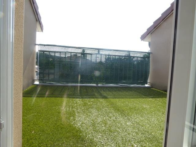 Sale apartment St priest 244 000€ - Picture 2