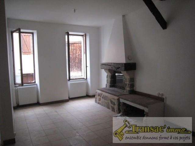 Sale house / villa Ris 51 700€ - Picture 1