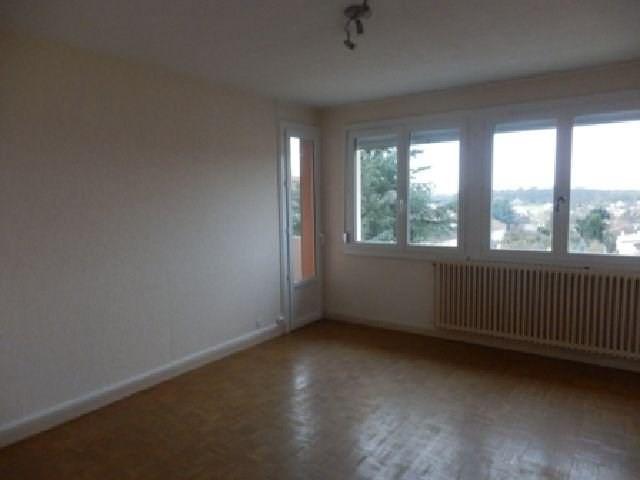 Rental apartment Chatenoy le royal 510€ CC - Picture 3
