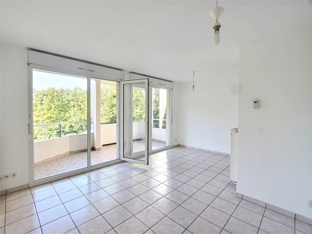 Rental apartment Seynod 1 135€ CC - Picture 2