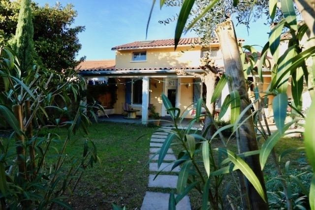 Revenda casa Arles 385000€ - Fotografia 1
