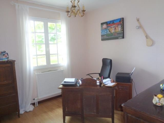 Sale house / villa Saint andre de cubzac 233 000€ - Picture 6