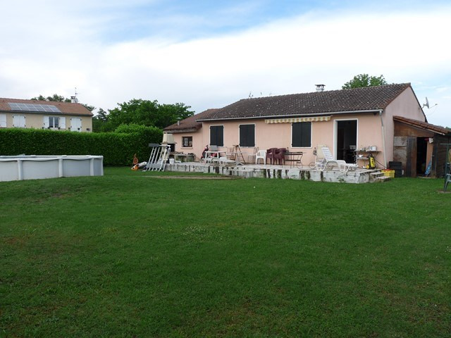 Sale house / villa Saint-laurent-la-conche 179 000€ - Picture 3
