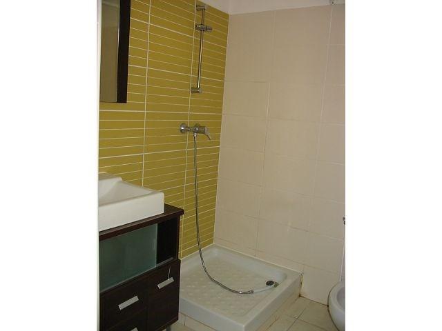 Location appartement St denis 375€ CC - Photo 6