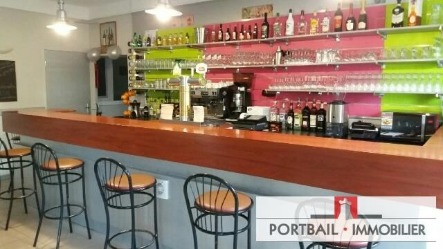 Commercial property sale shop Blaye 38500€ - Picture 2