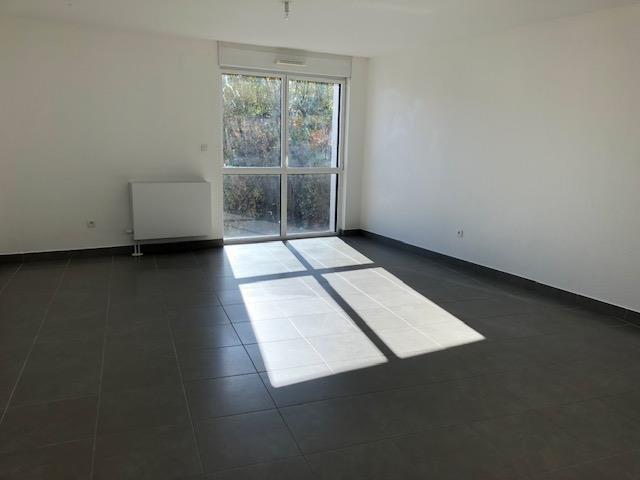 Rental apartment Souffelweyersheim 830€ CC - Picture 2