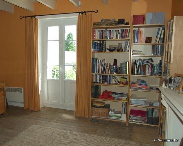 Sale house / villa Locmaria berrien 139100€ - Picture 12