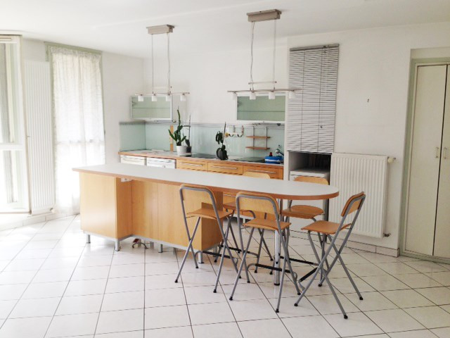 Sale apartment Avignon 160 000€ - Picture 1