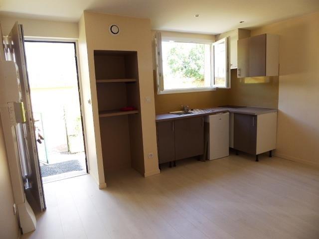 Sale apartment Bron 99000€ - Picture 1