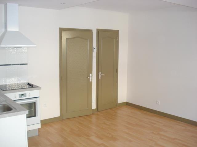 Sale building Fougeres 368000€ - Picture 2