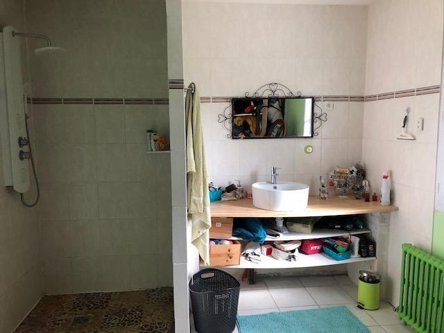 Sale house / villa Fossemagne 139750€ - Picture 10