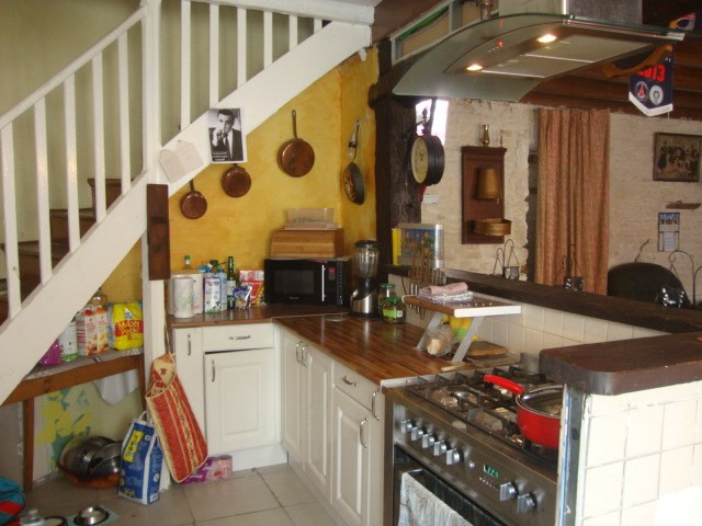 Sale house / villa Saint-jean-d'angély 80 250€ - Picture 3