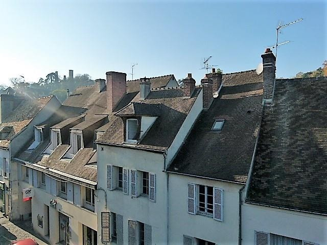Sale apartment Montfort-l'amaury 155 000€ - Picture 1