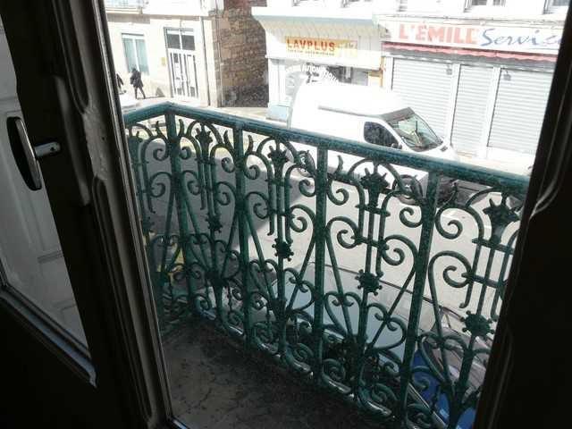 Sale apartment Chambon-feugerolles (le) 39000€ - Picture 2