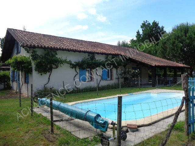 Sale house / villa Mont de marsan 292600€ - Picture 1