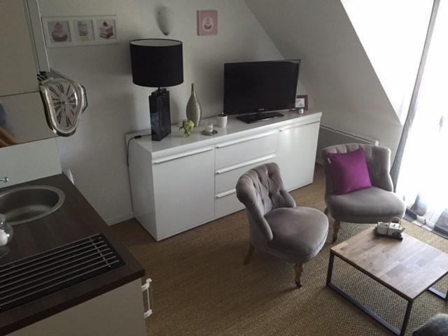 Locação apartamento Herouville st clair 425€ CC - Fotografia 2