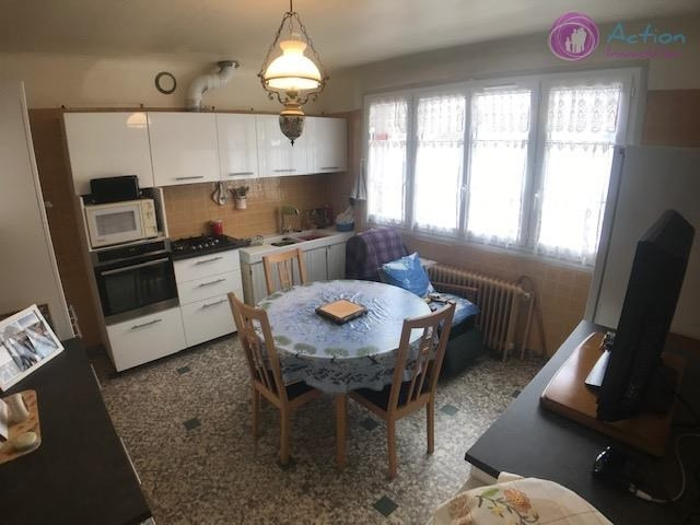 Sale house / villa Brie comte robert 310000€ - Picture 5