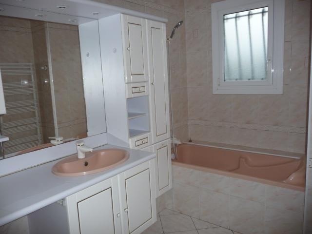 Sale house / villa Saint lambert la potherie 286200€ - Picture 6