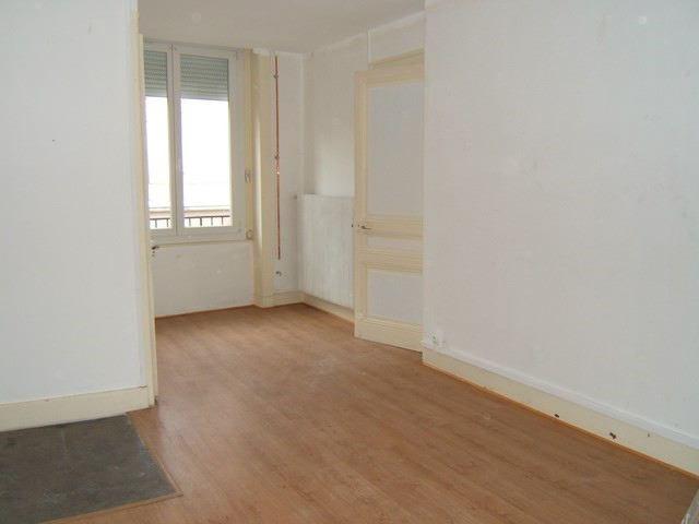 Rental apartment Roche-la-moliere 513€ CC - Picture 4