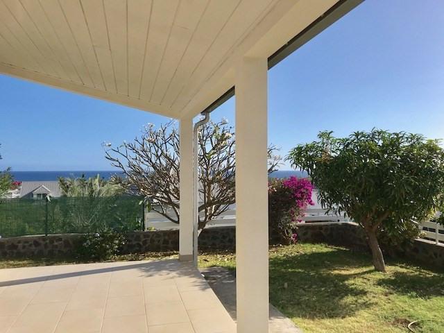 Deluxe sale house / villa Saint paul 640000€ - Picture 1