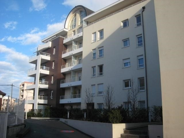 Location appartement La roche-sur-foron 990€ CC - Photo 1