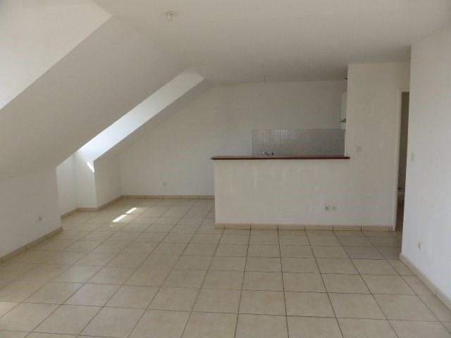 Location appartement Ste clotilde 790€ CC - Photo 3