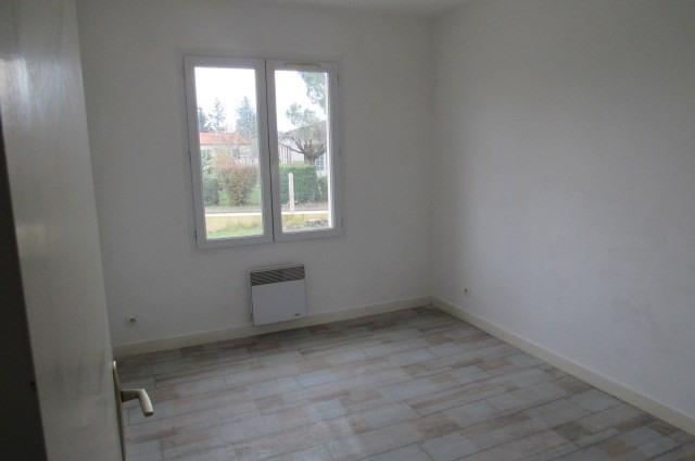 Sale house / villa Saint-savinien 138000€ - Picture 5