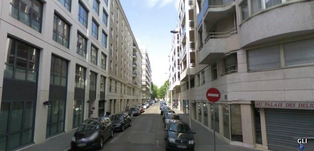 Rental apartment Lyon 3ème 1489€ CC - Picture 2