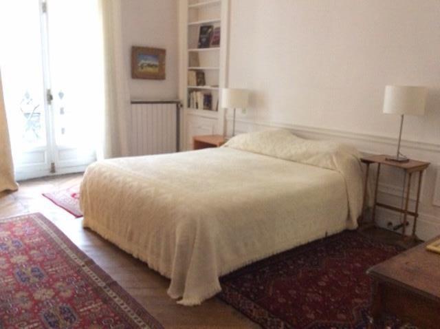 Rental apartment Paris 8ème 5600€ CC - Picture 4
