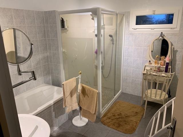 Vente maison / villa Azay le brule 275600€ - Photo 6