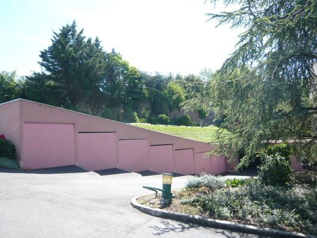 Vente parking St pierre du perray 9000€ - Photo 1