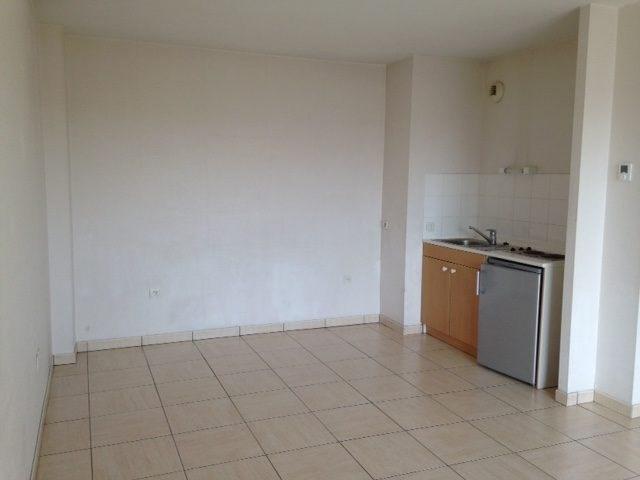 Rental apartment La roche-sur-yon 469€ CC - Picture 2