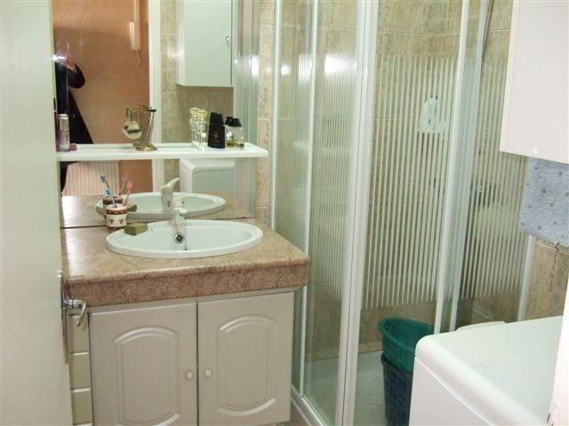 Vendita appartamento Grandcamp maisy 75400€ - Fotografia 4