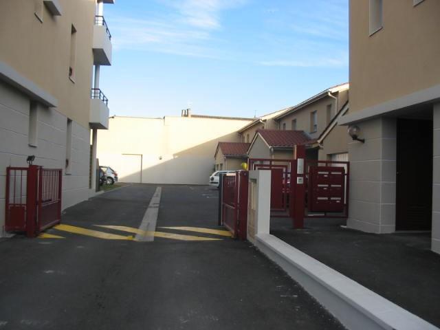 Location maison / villa Belleville 885€ CC - Photo 2