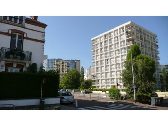Location appartement Chalon sur saone 370€ CC - Photo 1