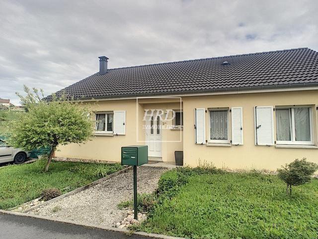 Sale house / villa Guntzviller 211000€ - Picture 1
