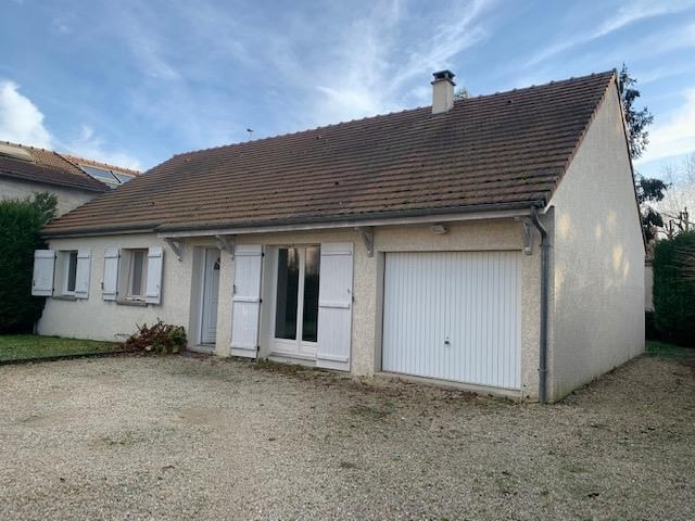 Location maison / villa Bois le roi 1 460€ CC - Photo 1