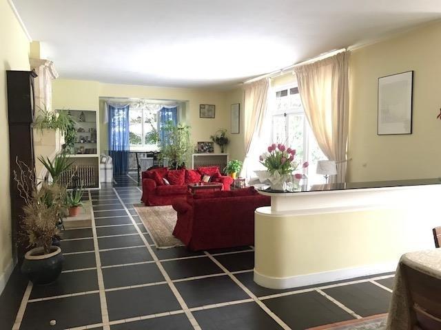Deluxe sale house / villa Le pecq 1190000€ - Picture 2